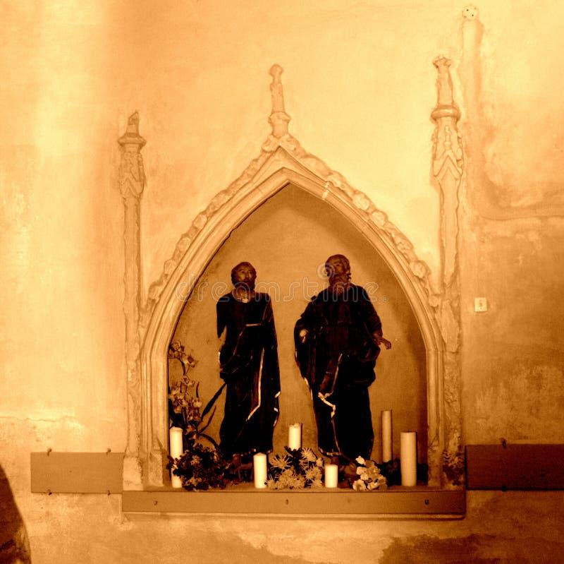 Dentro la chiesa fortificata medievale del sassone nel villaggio Cristian, il distretto di Sibiu, la Transilvania, Romania immagine stock libera da diritti