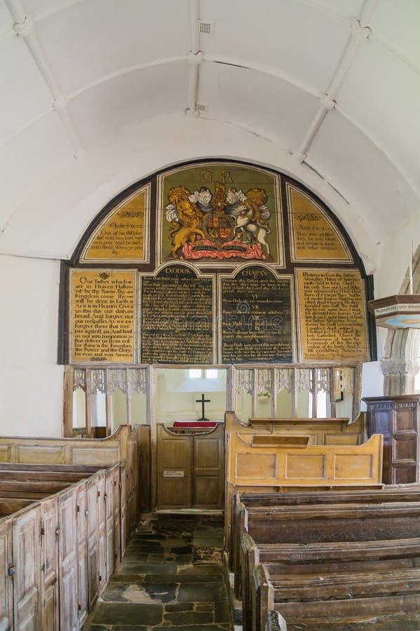Dentro la chiesa storica a Parracombe in Devon immagine stock