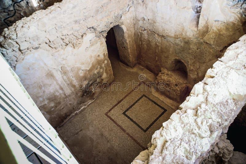 Dentro le rovine della fortezza di Masada nel deserto di Judaean in Israele fotografia stock