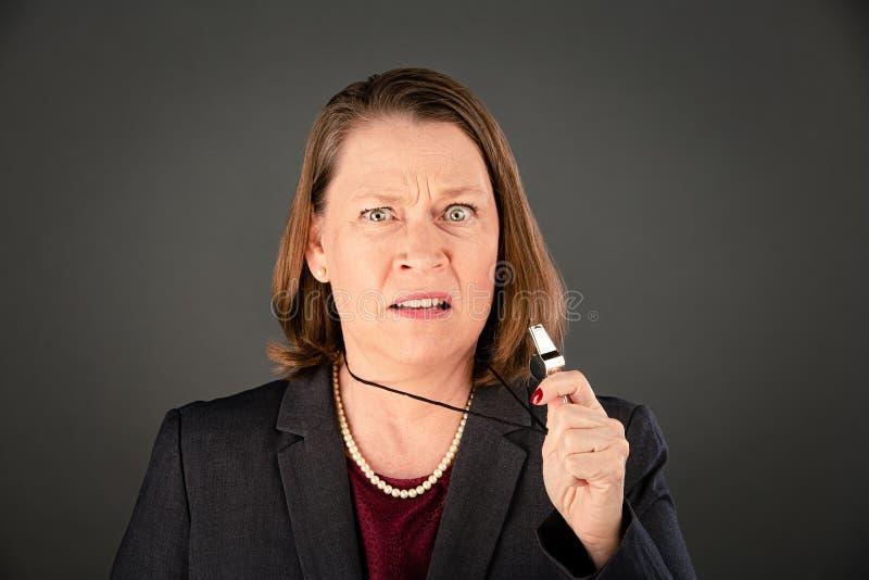 denunciante de mulheres corporativas ou governamentais foto de stock