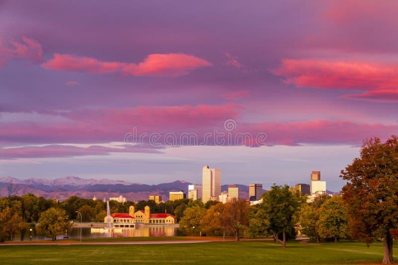 Denver Colorado Skyline de parc de ville image libre de droits