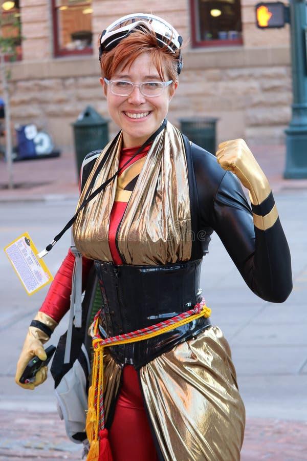 Denver, Colorado, USA - 1. Juli 2017: Frau im Kostüm für Denver Comic Con lizenzfreie stockbilder