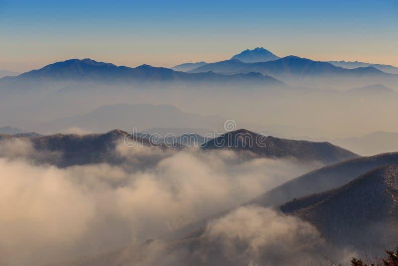 Deogyusan-Berge lizenzfreie stockfotografie