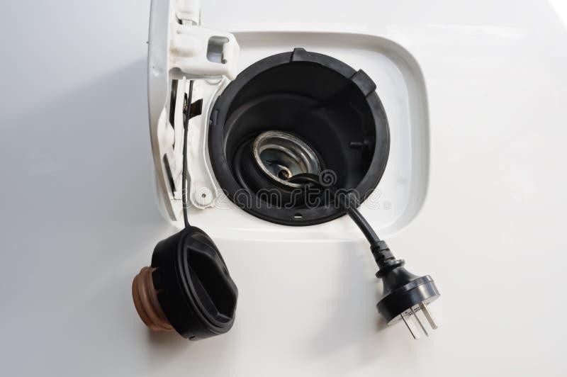 Depósito de gasolina con la cuerda fotografía de archivo libre de regalías