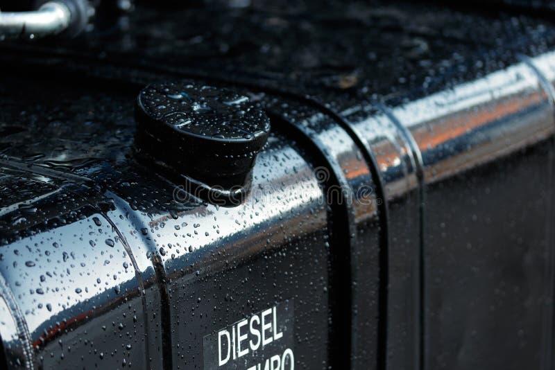 Depósito de gasolina del camión diesel fotos de archivo libres de regalías
