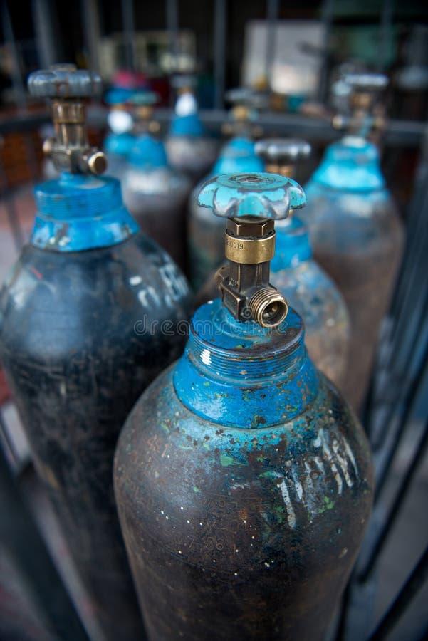 Depósito de gasolina del nitrógeno imagenes de archivo
