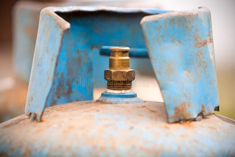 Depósito de gasolina usado fotos de archivo