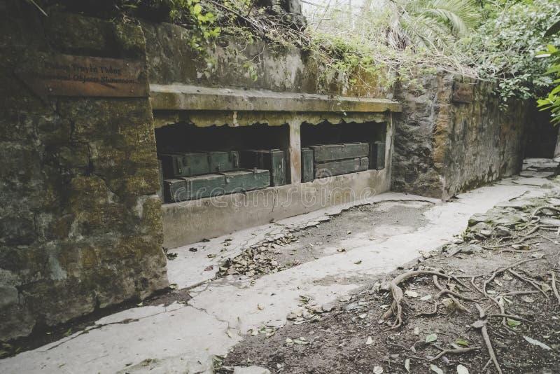 Depósito de la munición en el fuerte del cañón fotografía de archivo