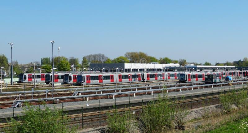 Dep?sito do bonde e do metro em Rotterdam, os Pa?ses Baixos fotografia de stock
