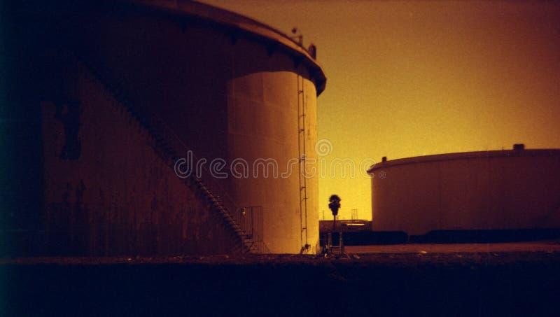 Depósitos de gasolina foto de archivo libre de regalías