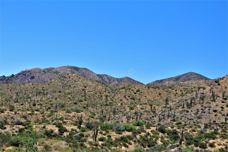Dep?sito de Bartlett Lake, el condado de Maricopa, estado de Arizona, opini?n esc?nica del paisaje de Estados Unidos imagenes de archivo