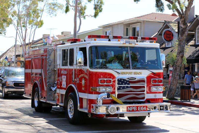 Departamento dos bombeiros na praia de Newport fotos de stock royalty free