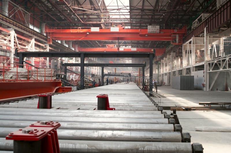 Departamento que lamina en fábrica de la metalurgia fotos de archivo