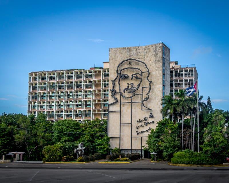 Departement av inre i plazaen de la Revolucion - havannacigarr, Kuba arkivbild