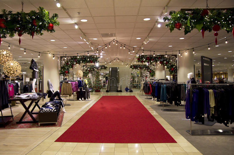 Download Department Store Mall Shopping Christmas Tree Ligh Editorial Image - Image: 35911145