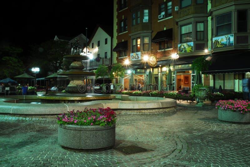 DePasquale广场,上帝,罗德岛州在晚上 免版税库存照片