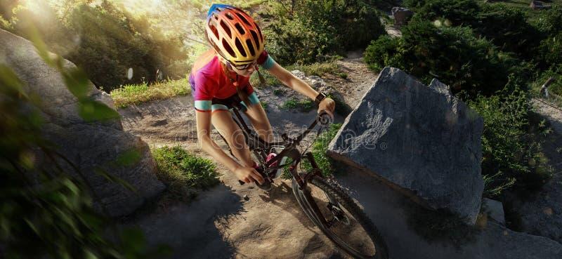 Deporte Ciclista de la bici de montaña fotos de archivo