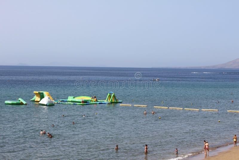 Deportes acuáticos para los nadadores Lanzarote foto de archivo