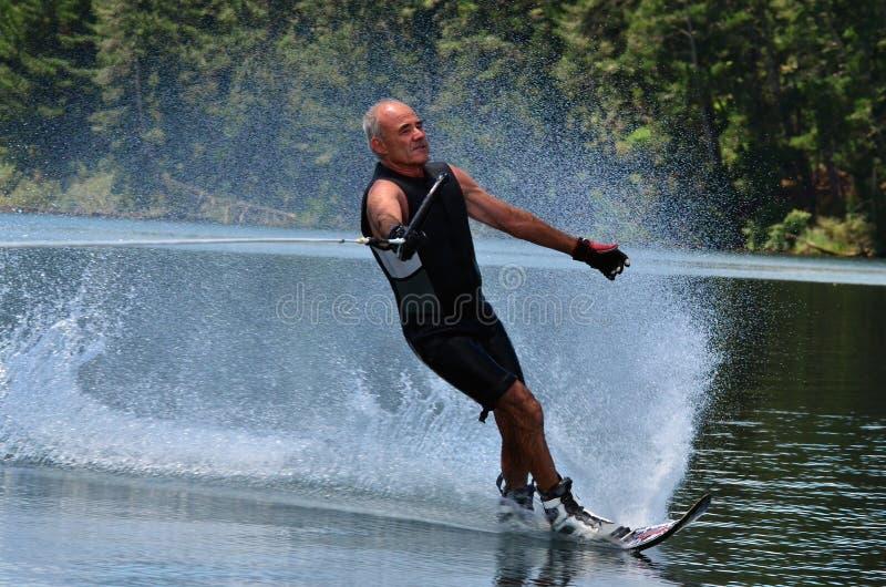 Deportes de agua - esquí acuático fotos de archivo libres de regalías