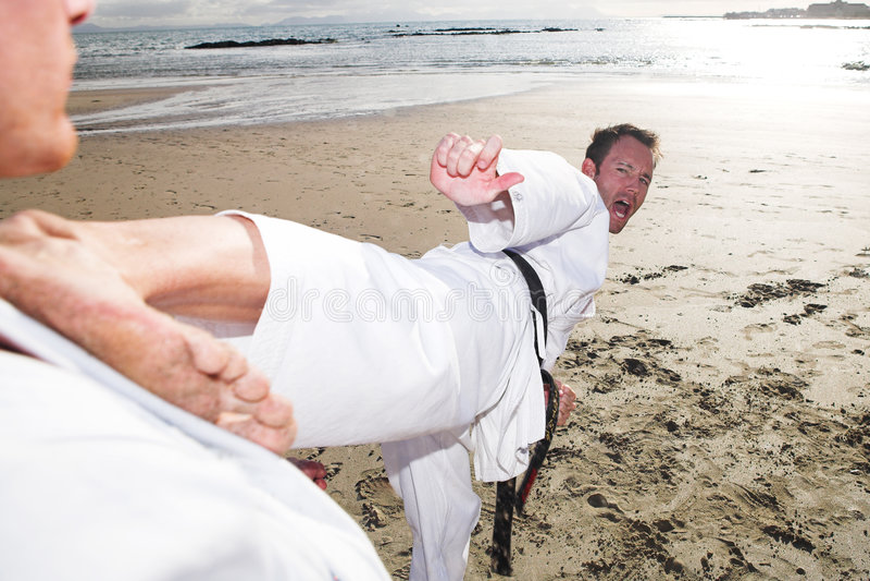 Deportistas del karate fotos de archivo
