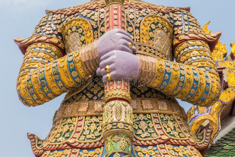 Depositário gigante no palácio grande de Banguecoque, Wat Phra Kaeo Thailand fotos de stock