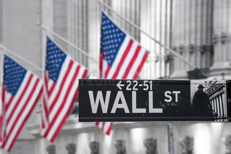 depositando o centro no Wall Street imagem de stock