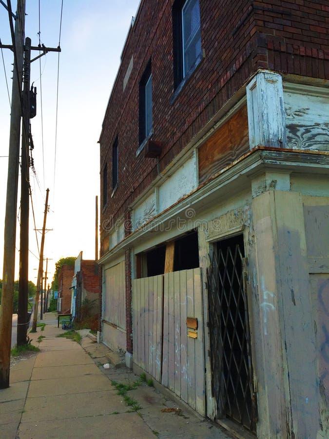 Deposito chiuso sull'angolo al tramonto 03 immagine stock libera da diritti