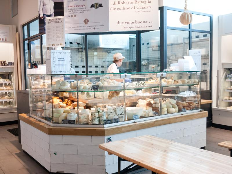 Deposito di Eataly a Roma, Italia fotografia stock