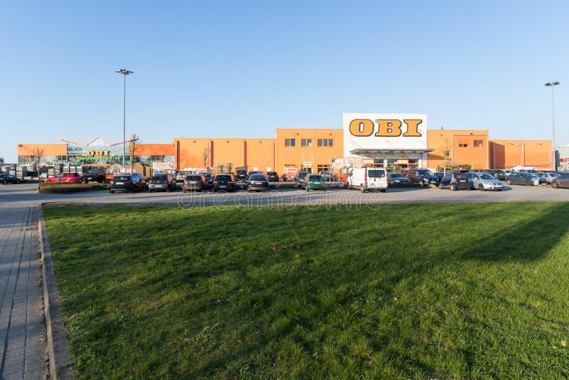 Deposito di OBI in Elmshorn, Germania fotografia stock