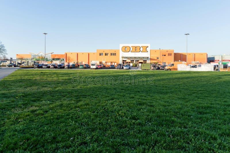 Deposito di OBI in Elmshorn, Germania immagine stock libera da diritti