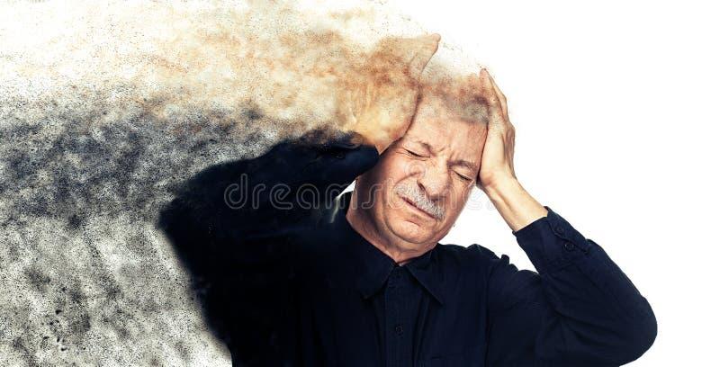 Download Depresji Starsza Migrena Odizolowywający Mężczyzna Cierpienia Biel Obraz Stock - Obraz złożonej z skaleczenie, depresja: 65225215
