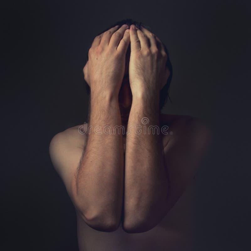 Depressieve mens stock afbeeldingen