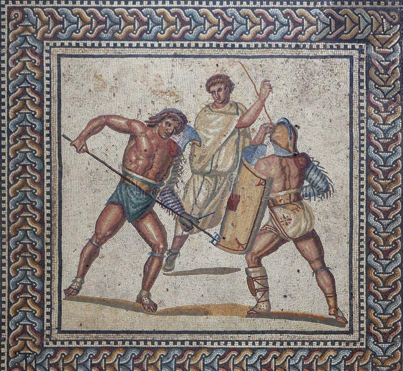 Der abschließende Kampf eines Gladiatorkampfes stockfotografie