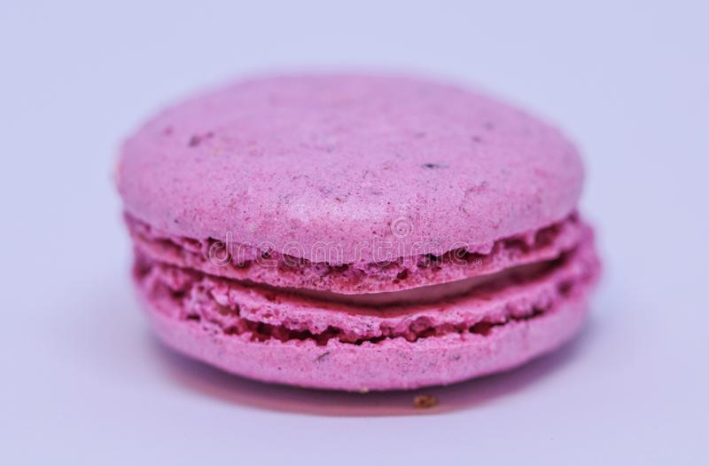 Der Abschluss oben des ganzen rosa macaron lizenzfreie stockfotos