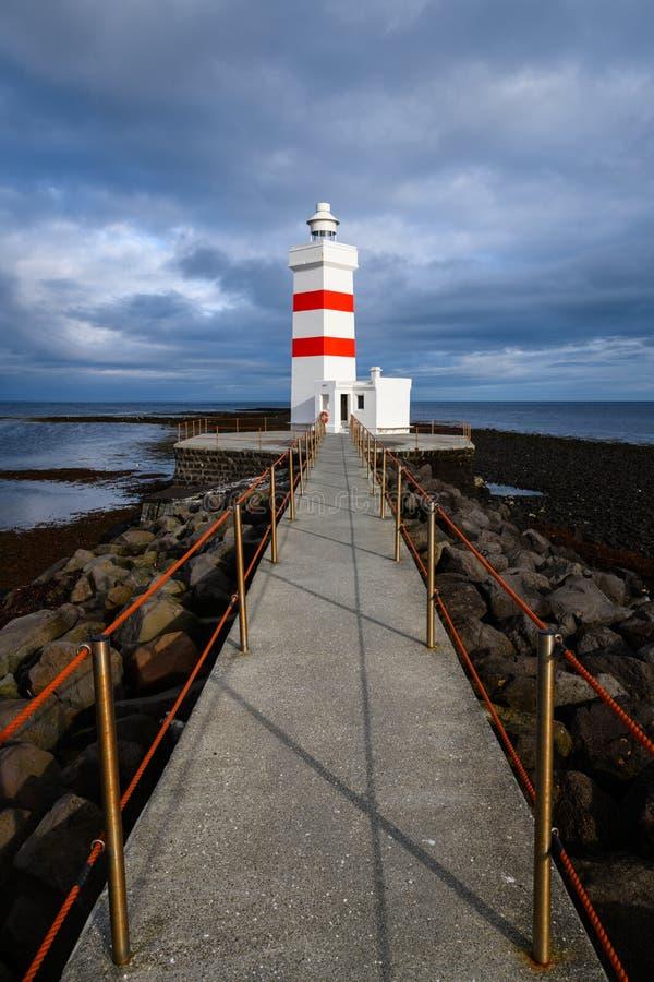 Der alte Garðskagi-Leuchtturm in Island lizenzfreie stockfotografie