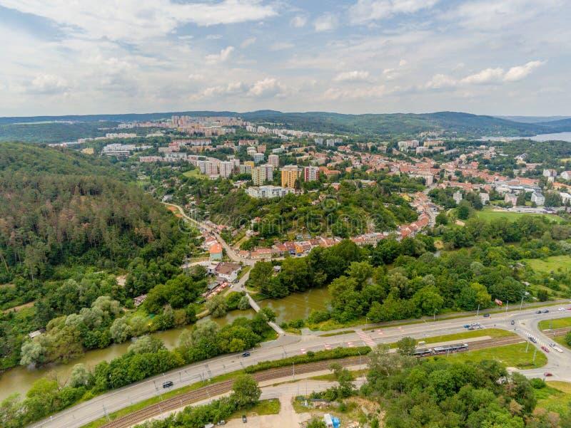Der alte Steinbruch in Brno-Komin von oben lizenzfreies stockfoto