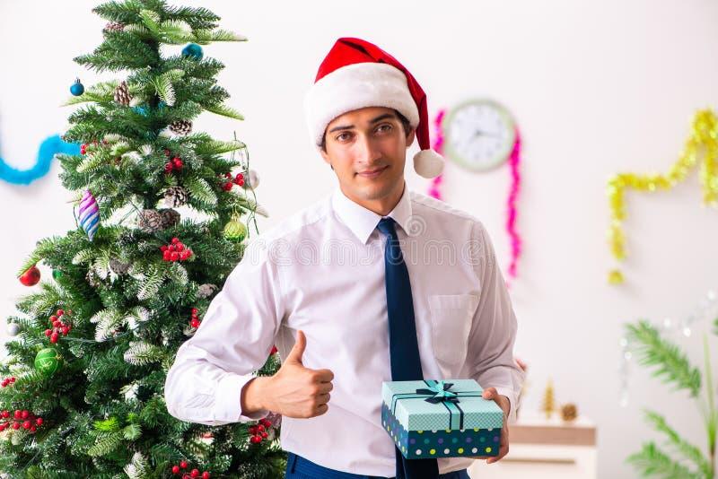 Der Weihnachten.Weihnachten Im Büro Archivbilder Abgabe Des Download 5 407 Geben
