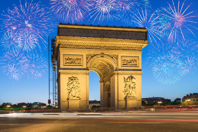 Der Arc de Triomphe Paris lizenzfreie stockfotos