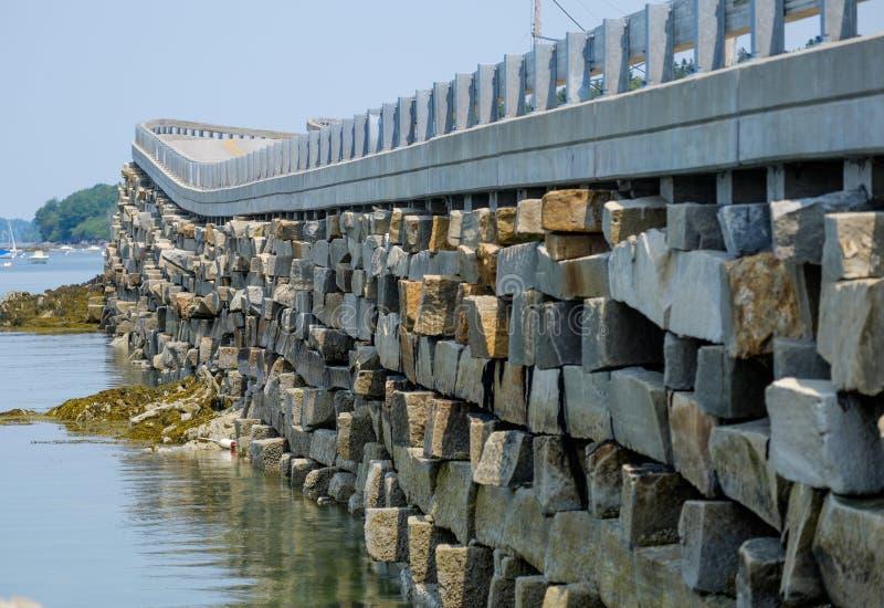 Der Bailey zur Orr-Insel cribstone Artbrücke ist das einzige  stockfoto