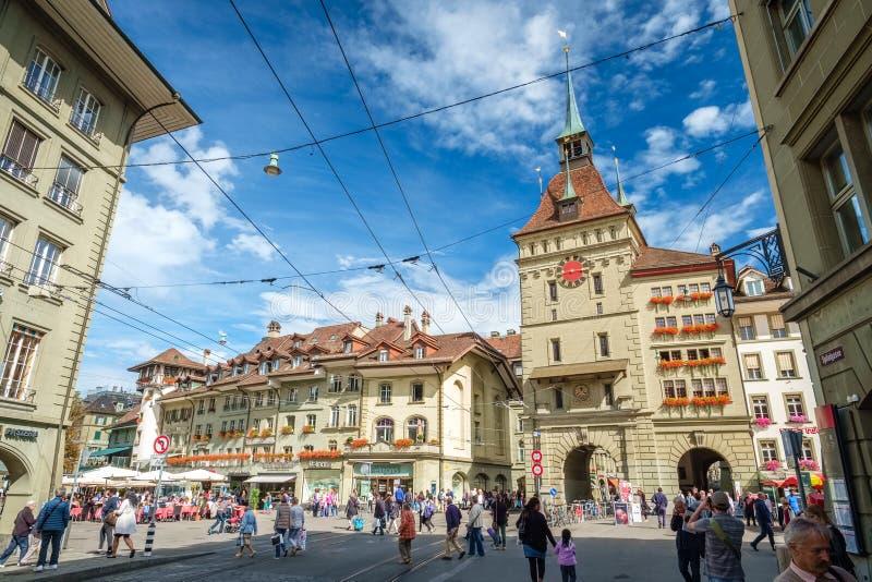 Der berühmte mittelalterliche Turm nannte das Kafigturm in Bern, die Schweiz lizenzfreies stockfoto