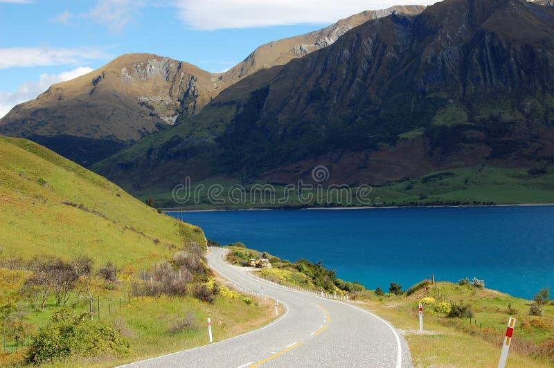 Der Berg und die Straße stockfoto