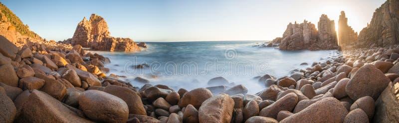 Der Berggipfelfelsen, Phillip Island von Australien lizenzfreie stockfotos