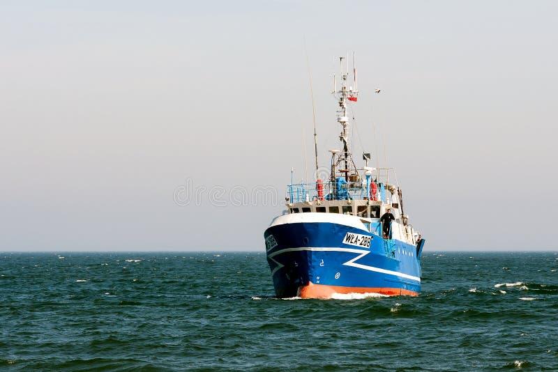 Der Bootsfischer lizenzfreie stockfotos