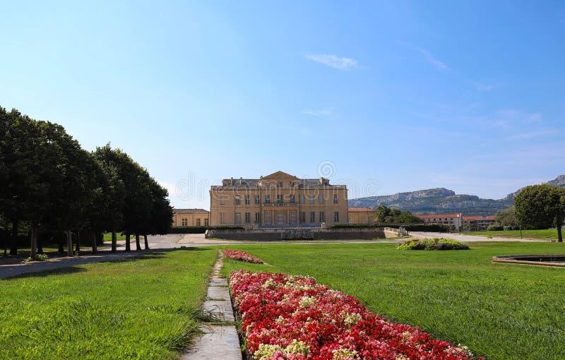 Der Borely-Palast, eine große Villa mit dem französischen formalen Garten gelegen im Borely-Park, Marseille, Frankreich stockfotografie