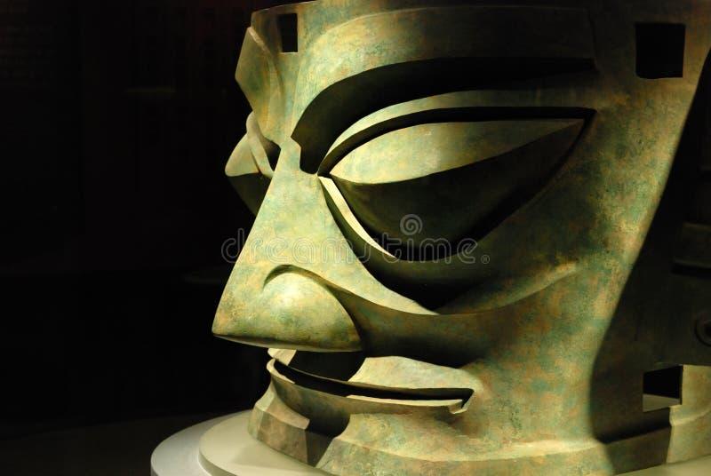 Der Brozen Kopf im Sanxingdui Museum stockfotografie