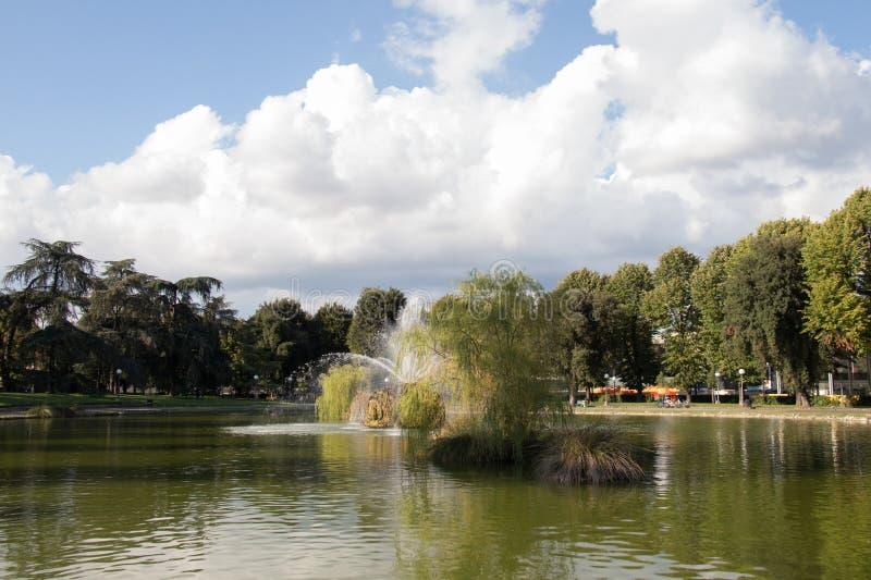 Der Brunnen im Garten von Basso Fortezza DA Florenz Italien lizenzfreie stockfotos