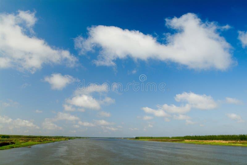 Der Colouful Fluss stockbilder