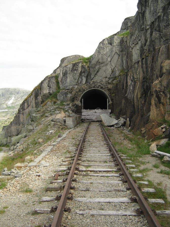Der defekte Tunnel lizenzfreie stockfotografie