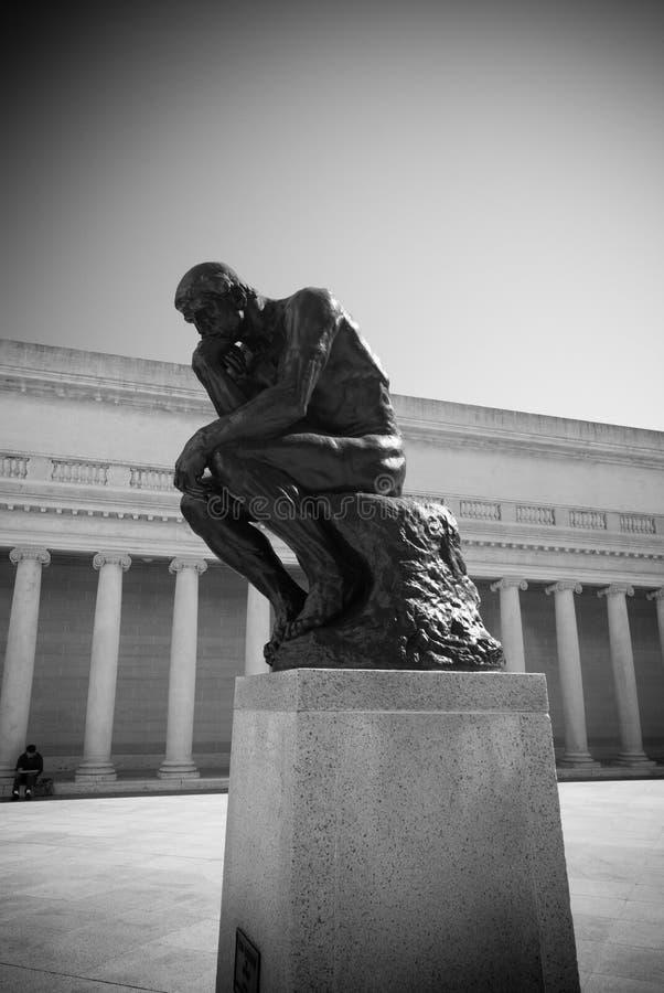 Der Denker durch Rodin stockfotos