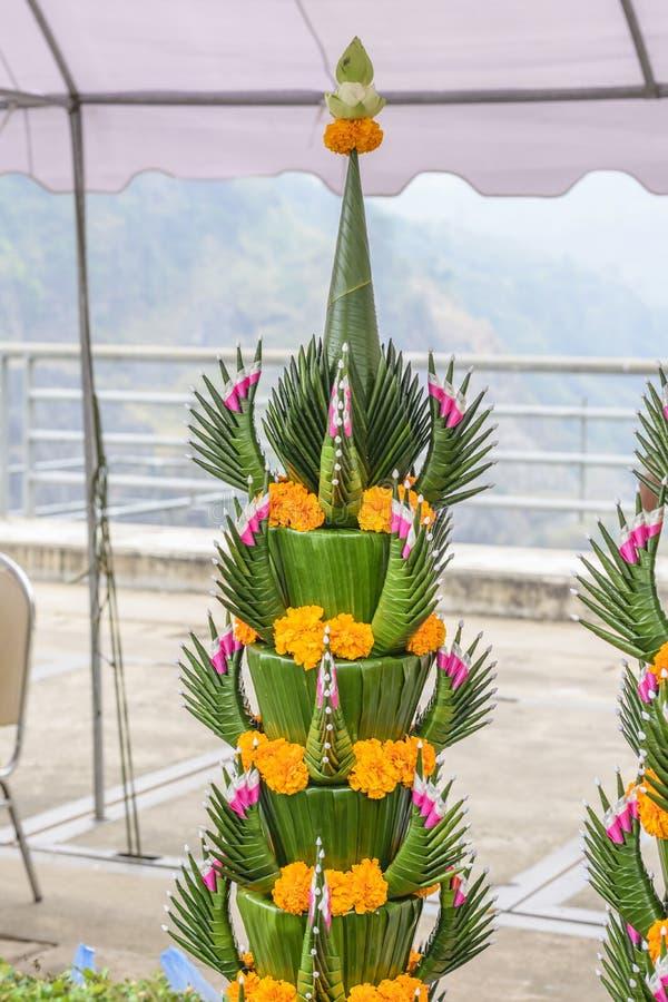 Der Drache gemacht vom Bananenblatt stockfoto